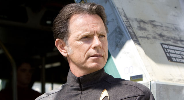"Bruce Greenwood Explains the Lack of ""Star Trek Into Darkness"" Info"
