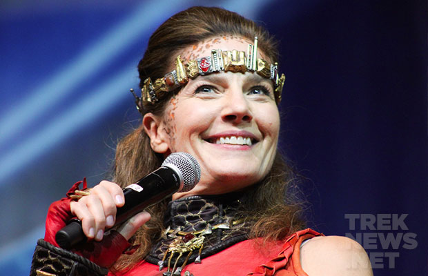 #STLV '14: Terry Farrell Is Transformed, Brannon Braga Talks Trek On TV, 'Enterprise' Reunion, More