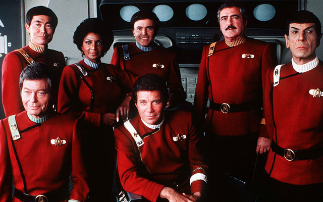 A Guide to 'Star Trek' Uniforms [INFOGRAPHIC]