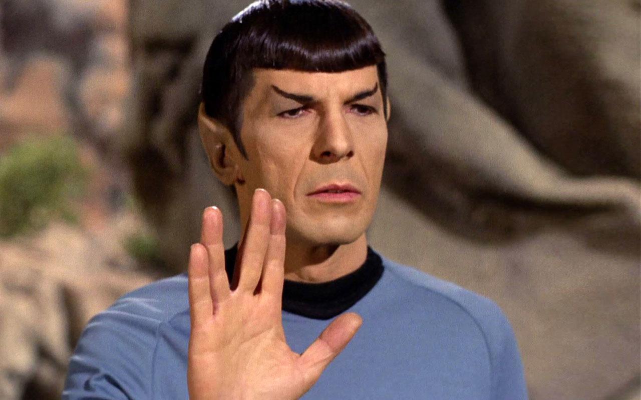 How To Unlock The Secret Vulcan Salute Emoji In iOS 8.3