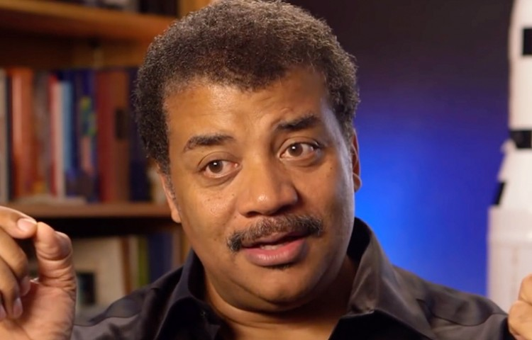 Neil deGrasse Tyson: The Enterprise Would Wipe Its Ass With The Millennium Falcon