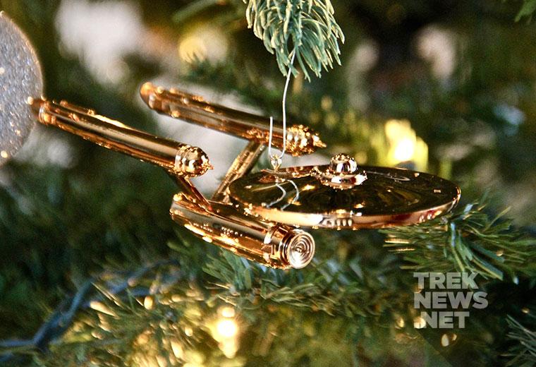 [REVIEW] Hallmark's Enterprise Christmas Ornament Celebrates 50 Years of Star Trek