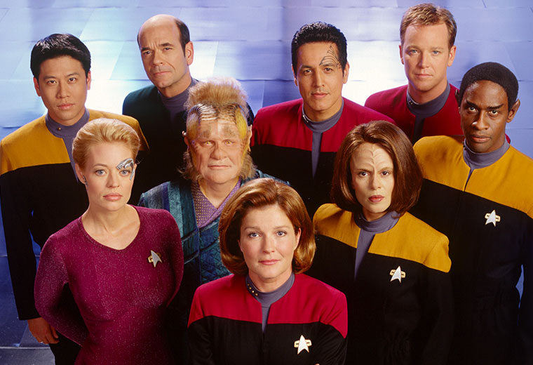 Complete STAR TREK: VOYAGER DVD Set Coming In March