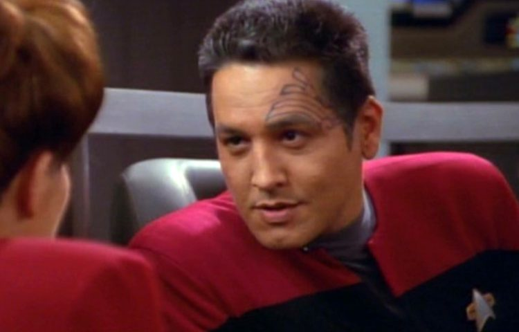 Robert Beltran, More Guests Added to STLV '17