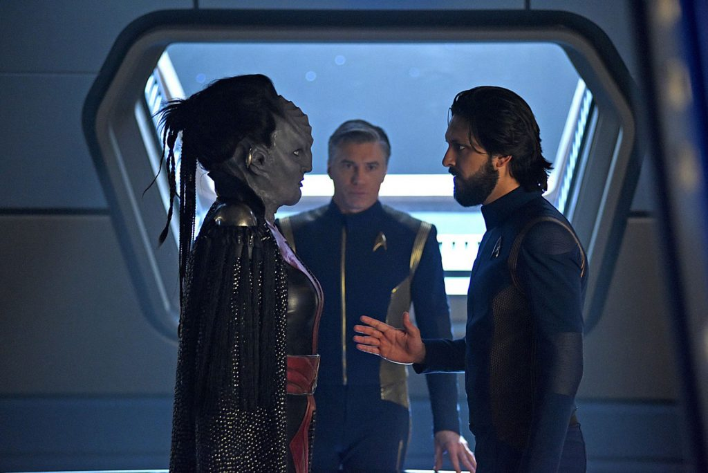 Mary Chieffo as L'Rell, Anson Mount as Christopher Pike and Shazad Latif as Ash Tyler