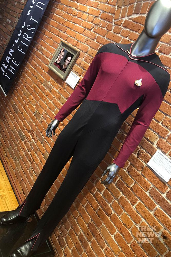 sdcc-star-trek-starfleet-museum-35
