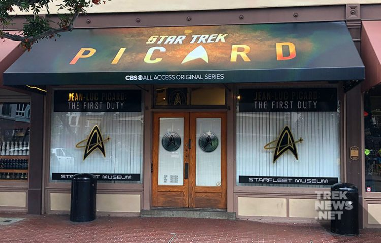 [GALLERY] STAR TREK: PICARD Comic-Con Museum Gives Us Our First Look at Costumes & Props