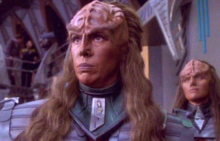 Barbara March, TNG, DS9's Klingon Lursa, Passes Away at 65
