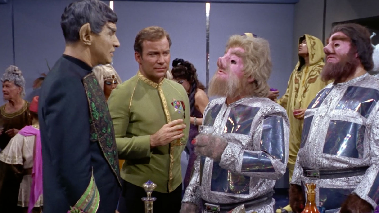 Details On How You Could Have 'Treksgiving' Dinner With William Shatner