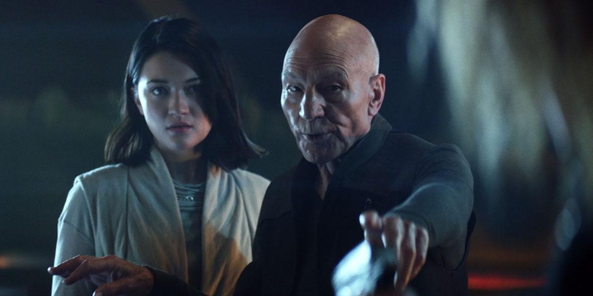 Isa Briones as Soji and Patrick Stewart as Jean-Luc Picard