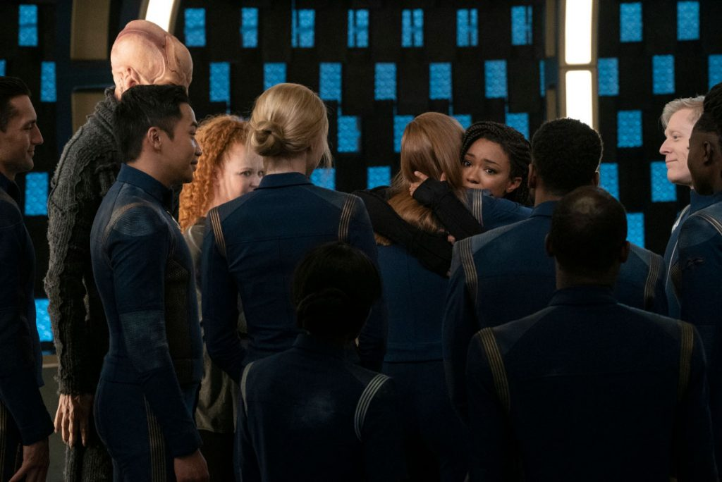 Finally reunited, Burnham and the U.S.S. Discovery crew journey to Earth, eager to learn what happened to the Federation in their absence.