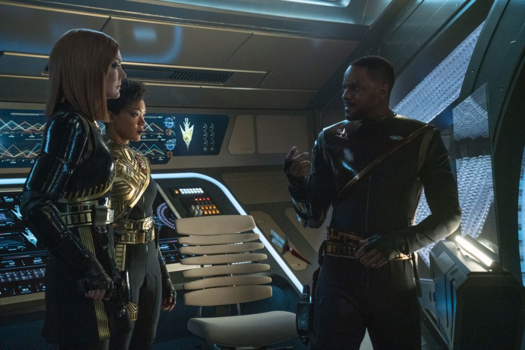 Emily Coutts as Lt. Detmer, Sonequa Martin-Green as Commander Burnham and Ronnie Rowe Jr. as Lt. Bryce