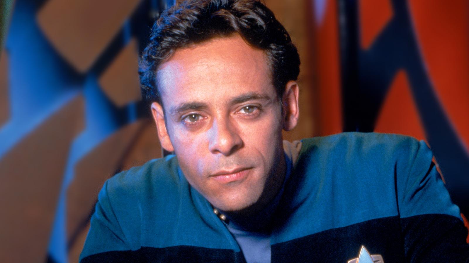 Alexander Siddig Talks Star Trek: DS9, Dr. Bashir's Future In Section 31 & His New Film Skylines