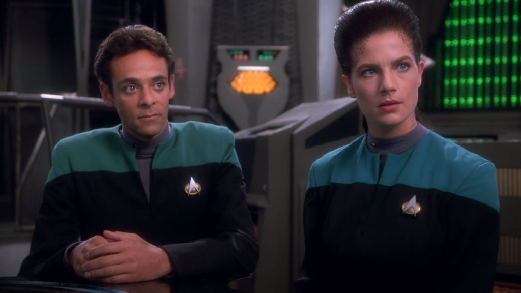 Alexander Siddig as Dr. Julian Bashir and Terry Farrell as Jadzia Dax on Deep Space Nine